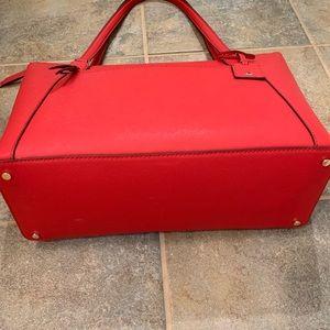 kate spade Bags - KATE SPADE CAMERON POCKET TOTE BAG HOT CHILI RED